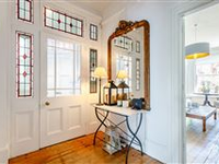 STYLISHLY PRESENTED VICTORIAN TOWN HOUSE IN EASTBOURNE