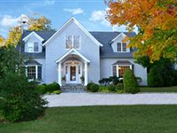 ATTRACTIVE AND COZY HOME