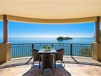 UNPARALLED SWEEPING OCEAN VIEWS AND ABSOLUTE PRIVACY