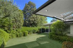 GREAT FAMILY HOME IN BEVERLY HILLS