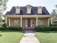 A BEAUTIFUL AND CLASSIC HOME