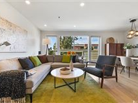 CONDO IN NOE VALLEY WITH AMAZING OUTDOOR SPACE