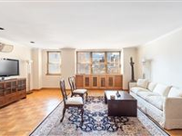 SPRAWLING HOME IN IDEAL LOCATION