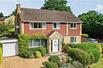 SPACIOUS FAMILY HOME IN HARPENDEN ENGLAND
