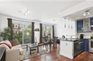 STUNNING UNIT IN IDEAL LOCATION IN THE HEART OF WILLIAMSBURG