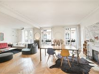 CHARMING APARTMENT BENEFITING FROM AN EXCELLENT FLOOR PLAN