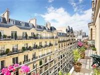IDEAL FAMILY APARTMENT IN A CONVENIENT PARIS LOCATION