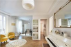 RENOVATED FIRST FLOOR APARTMENT WITH A STAR-SHAPED FLOOR PLAN