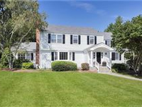SPARKLING, LIGHT FILLED COLONIAL