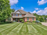 BEAUTIFUL HOME WITH PRIVATE WOODED YARD