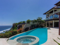 SOUTH BALI LUXURY VILLA WITH CLIFF FRONT VIEWS