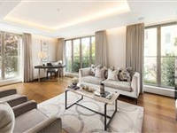 BEAUTIFULLY DESIGNED FIRST FLOOR APARTMENT