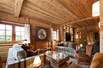 BEAUTIFUL TWO-LEVEL CHALET