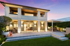 TIMELESS REFINEMENT WITH RELAXED LUXURY LIVING