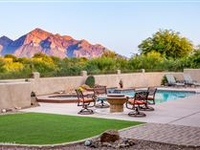 IMPECCABLE CONTEMPORARY HOME WITH AMAZING CATALINA MOUNTAIN VIEWS