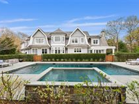 GRAND ESTATE OF HAMPTONS TRADITIONAL STYLE
