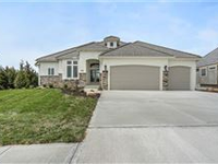 POPULAR NEW MARK OAKWOOD REVERSE PLAN WITH TONS OF UPGRADES