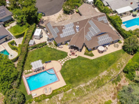 SPRAWLING SINGLE STORY PRIVATE GOLF COURSE ESTATE