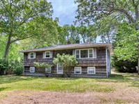 BEAUTIFUL INVESTMENT OPPORTUNITY IN SAG HARBOR VILLAGE