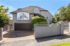 SPACIOUS FAMILY HOME IN A FANTASTIC AUKLAND LOCATION