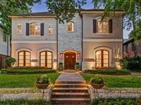 A STUNNING SOUTH HAMPTON HOME