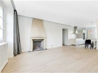LUXURIOUSLY RENOVATED APARTMENT