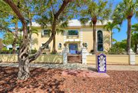 AMAZING HOME IN THE HEART OF SIESTA KEY VILLAGE