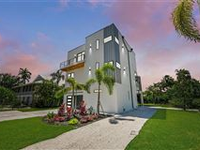 BRAND NEW, BEAUTIFULLY APPOINTED CUSTOM CONTEMPORARY HOME