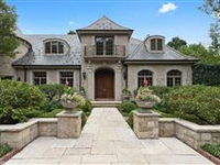 TRULY MAJESTIC LAKEFRONT RESIDENCE FOR RENT