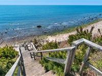 STUNNING MONTAUK RETREAT WITH BEAUTIFUL OCEAN VIEWS AND A PEACEFUL ZEN GARDEN