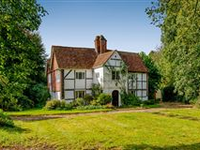 CHARMING MONTEAGLE HOUSE IN YATELEY