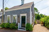 CHARMING SEA CAPTAINS PROPERTY WITH A PRIVATE GARDEN