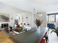 FAMILY APARTMENT LOCATED ON A PEACEFUL STREET