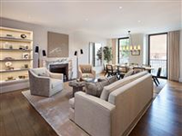 IMPRESSIVE LATERAL FIRST FLOOR APARTMENT