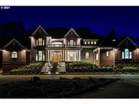 TIMELESS COUNTRY ESTATE BEAUTY WITH TOP QUALITY CRAFTSMANSHIP