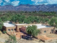 UNIQUE GATED PROPERTY IN THE HIGHLY DESIRED TANQUE VERDE COUNTRY ESTATES