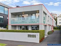 IMMACULATE AND MODERN APARTMENT WITH CONVENIENCE IN MIND