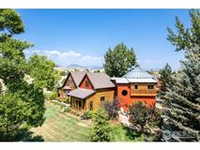 RUSTIC BERTHOUD RANCH BLENDS OLD WORLD CHARM WITH NEW CHIC FEATURES