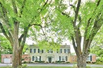 BEAUTIFUL VINTAGE ESTATE IN LAKE FOREST WITH MODERN AMENITIES