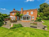HILLTOP COTTAGE IN BEAUTIFUL BERKSHIRE DOWNS