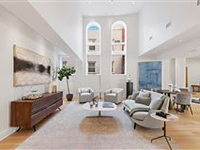 BRIGHT AND SPACIOUS HOME IN THE HEART OF HOBOKEN