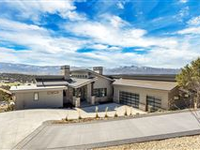 EXECUTIVE HOME IN THE GOLF-TENNIS COMMUNITY OF RED LEDGES
