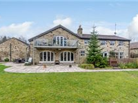 THIS SUBSTANTIAL HOME OFFERS STYLISH ACCOMMODATION WITH CONTEMPORARY FITTINGS