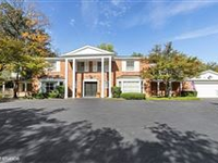 BEAUTIFUL PROPERTY WITH A LARGE YARD AND POOL