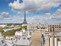 PANORAMIC VIEWS OVER PARIS