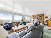 CHARMING DUPLEX BENEFITS FROM A TERRACE ENJOYING EXCEPTIONAL VIEWS OF PARIS