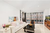 LUXURY HIGH-RISE APARTMENT IN DOWNTOWN SYDNEY