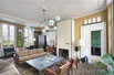 SUPERB PIED A TERRE IN A PEACEFUL STREET AND SOUGHT-AFTER NEIGHBOURHOOD
