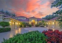 EXCEPTIONAL HOME IN THE OAKS CLUBSIDE