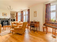 DOUBLE FRONTED PROPERTY ON QUIET COUNTRY ROAD IN WESTERHAM